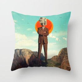 Video404 Throw Pillow