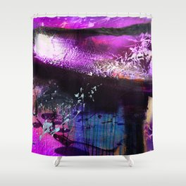 Looming Light Shower Curtain