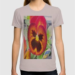 Pretty Pansy T-shirt