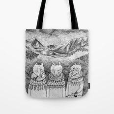 Icelandic foxes Tote Bag