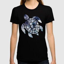 Sea Turtle - Blue Ocean Waves T-shirt