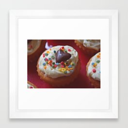 cupcakelove Framed Art Print