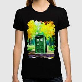 PAINTING TARDIS T-shirt