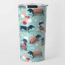 Hot dogs and lemonade // aqua background navy dachshunds Travel Mug