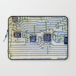 Silicon chip on a circuit Laptop Sleeve