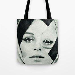 Frau mit Dreieck 2 Tote Bag