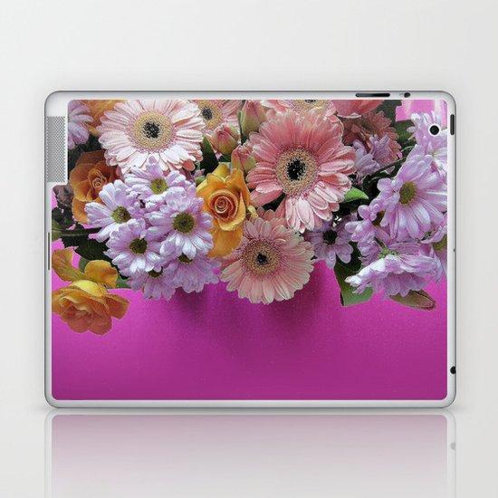 pink 'n flowers Laptop & iPad Skin