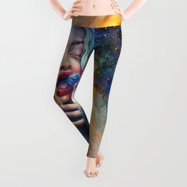 BLACK HOLE IN THE MILKY WAY Leggings