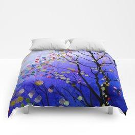 sparkling winter night sky Comforters