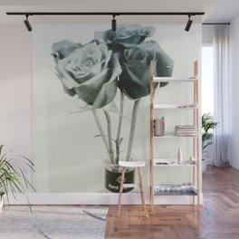 Four Roses Wall Mural