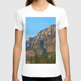 Mt. Kerkeslin in Jasper National Park T-shirt