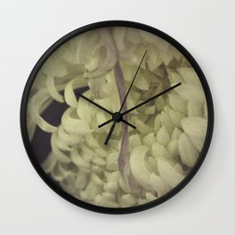 Romantic Chrysanthemum Wall Clock