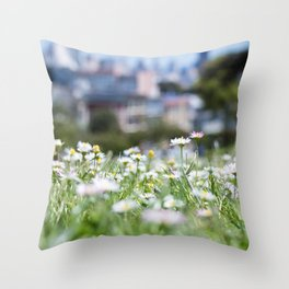 Hello Daisy! Throw Pillow