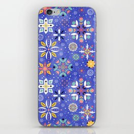 Christmas snowflakes pattern iPhone Skin