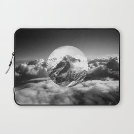 Cielo grigio e pungente Laptop Sleeve