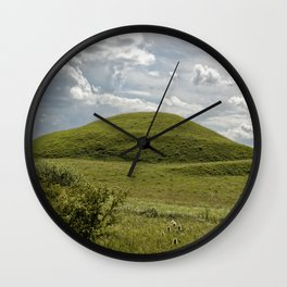 Where are the aliens Wall Clock