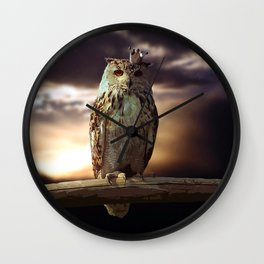 passing title 2 Wall Clock