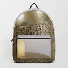 Velas y decoración hindu minimalista Backpack