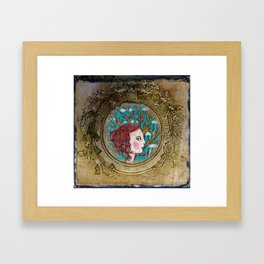 Prêtresse Lenaeth Framed Art Print