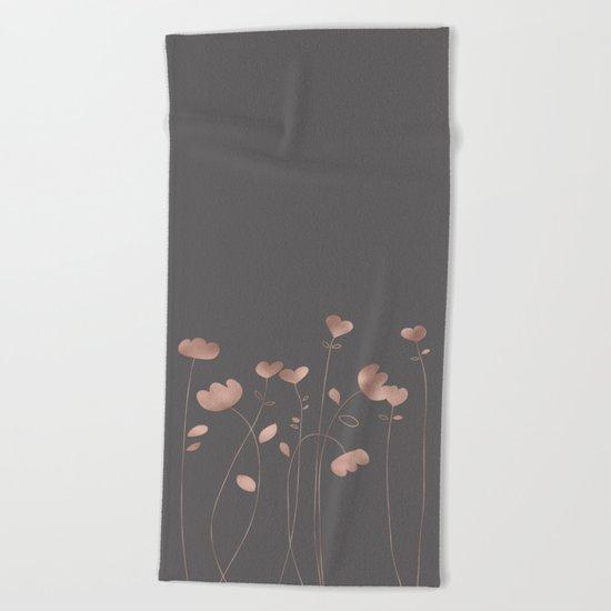 Rosegold pink flowers- floral design- Flower Beach Towel