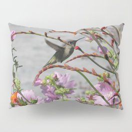 Hummingbird in Flight Pillow Sham