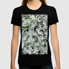 Winter Forrest Frosted Leaves Macro Photography Botanical Still Life Floral Pattern Winter Landscape T-shirt