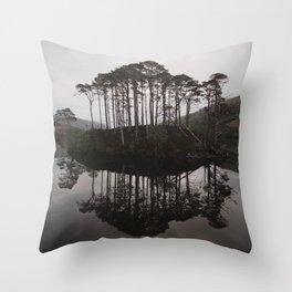 Eilean na Mòine Throw Pillow