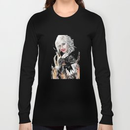 Sexy Female Vampire Tempting You Into Her Flames Long Sleeve T-shirt