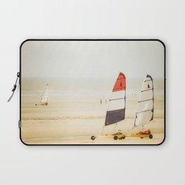 Sand yachting trio Laptop Sleeve