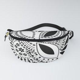 Black and white polka dot pattern . Fanny Pack