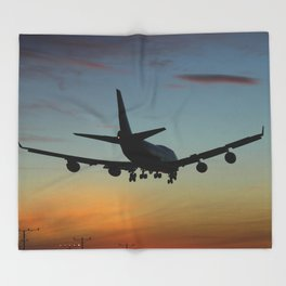 747 Sunset Landing Throw Blanket