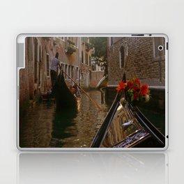 enjoyable gondola in Venice Laptop & iPad Skin