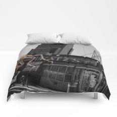Unseen Monsters of New York - Ucopia Popinjay Comforters