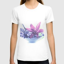 Summer flower pattern lilies and lavender T-shirt