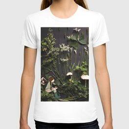 Bridie and the Robins in the Forest of Shamrocks T-shirt