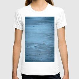 Hued blues of Prussia Cove, Cornwall T-shirt