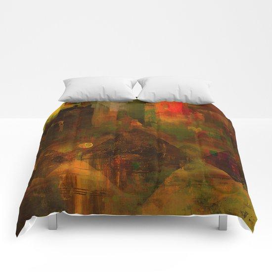 Pyramidal city Comforters