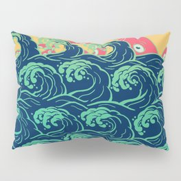 Squid on the waves Pillow Sham