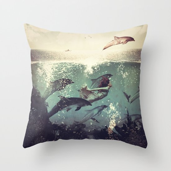 My favourite morning race Throw Pillow