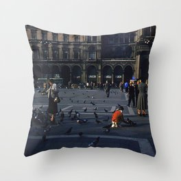 Vintage Color Photo * 1940's * St Mark's Square * Venice * Feeding Pigeons * 1950's Throw Pillow