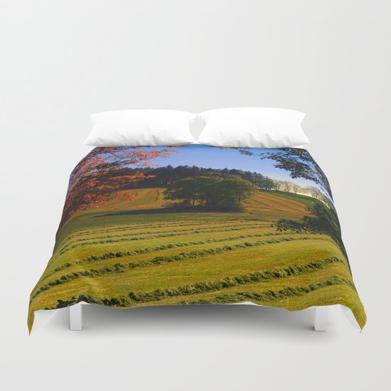 Tree watching in springtime Duvet Cover