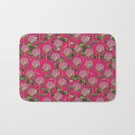 Red clover pattern Bath Mat