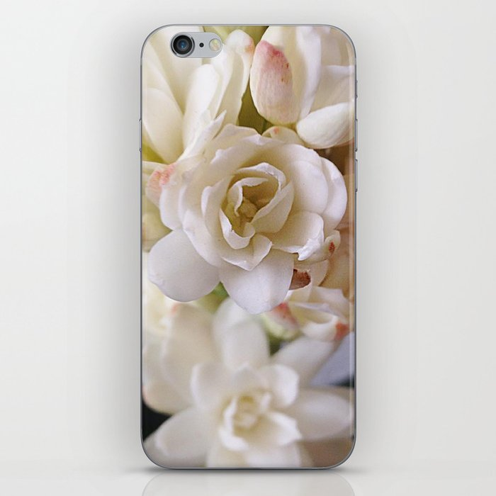 WHITE NARD iPhone Skin