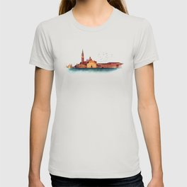 Soft watercolor sunset with views of San Giorgio island, Venice, Italy. T-shirt
