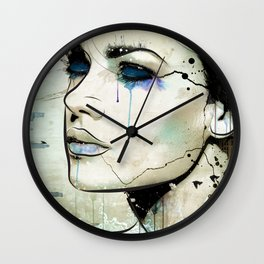Drifting Wall Clock