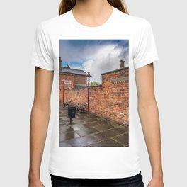Hadlow Victorian Railway Station T-shirt