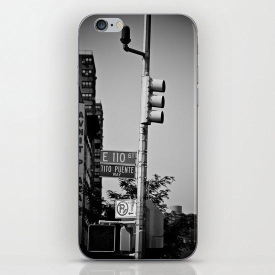 Dímelo Cantando y Bailando iPhone & iPod Skin
