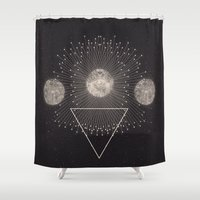 shipping Shower Curtains featuring LEUKSNO - Plástica x Nikola Nupra by Nikola Nupra