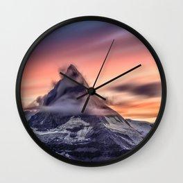 The Peak Wall Clock