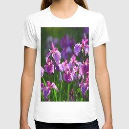 LILAC IRIS GREEN GARDEN  FLOWERS FLORAL T-shirt